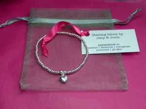 Jacy & Jools Orders Are Prettily Packaged in Pink and Grey